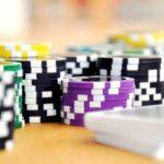 介護保険のカジノ特化型デイサービスの規制、論点は保険か否か