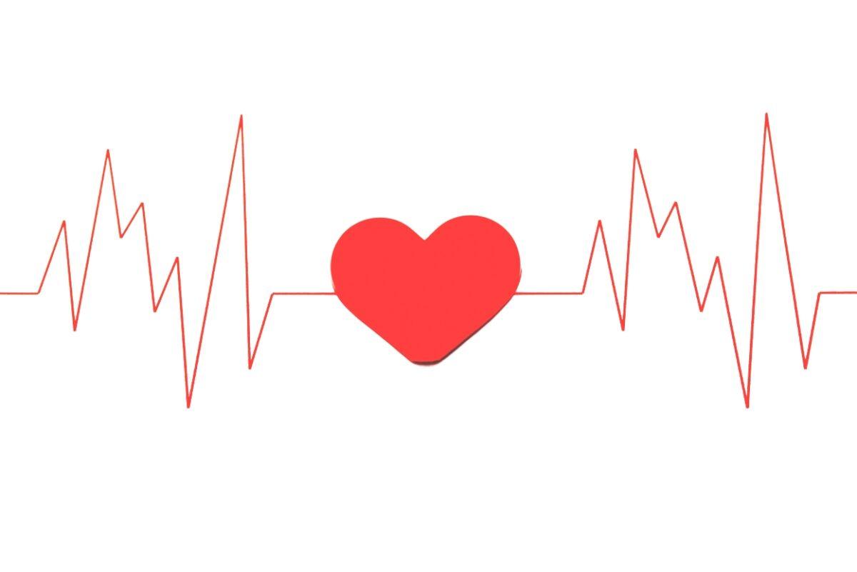 ペースメーカーとは 埋め込み手術後の合併症、生活上の注意点