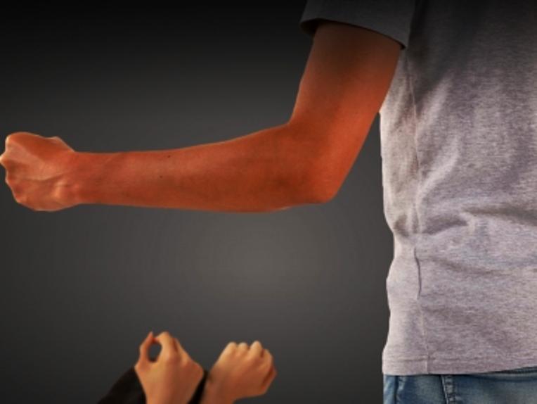 平成29年度の高齢者虐待の相談通報件数は過去最多、発見時の対応