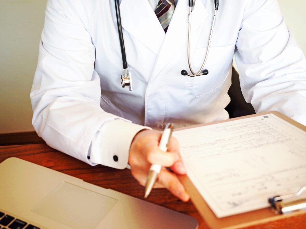 介護医療院の医師のイメージ